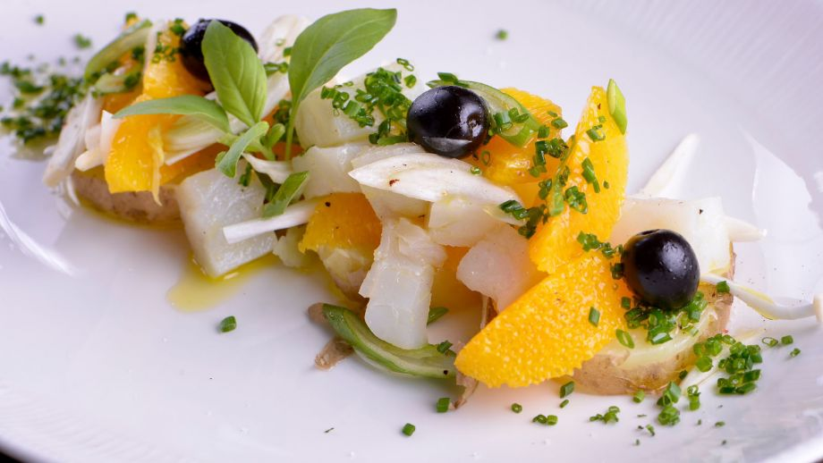 Recipes: Codfish salad, orange and shallot